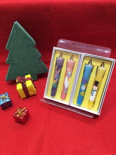 ★クリスマス柄のローソクが新入荷しました★