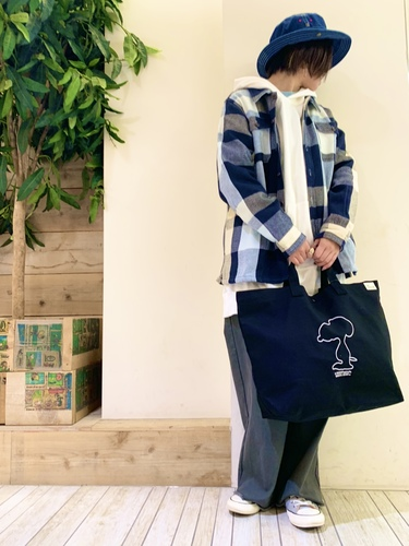 Shadow SNOOPY Embroidery Tote Bag